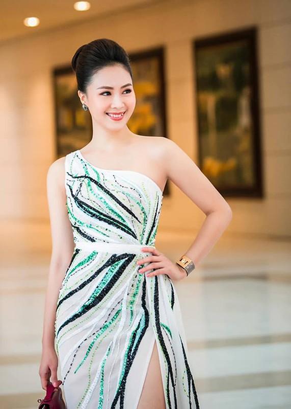 """Hong Diem do goi cam voi """"tinh dich"""" Luong Thanh-Hinh-12"""