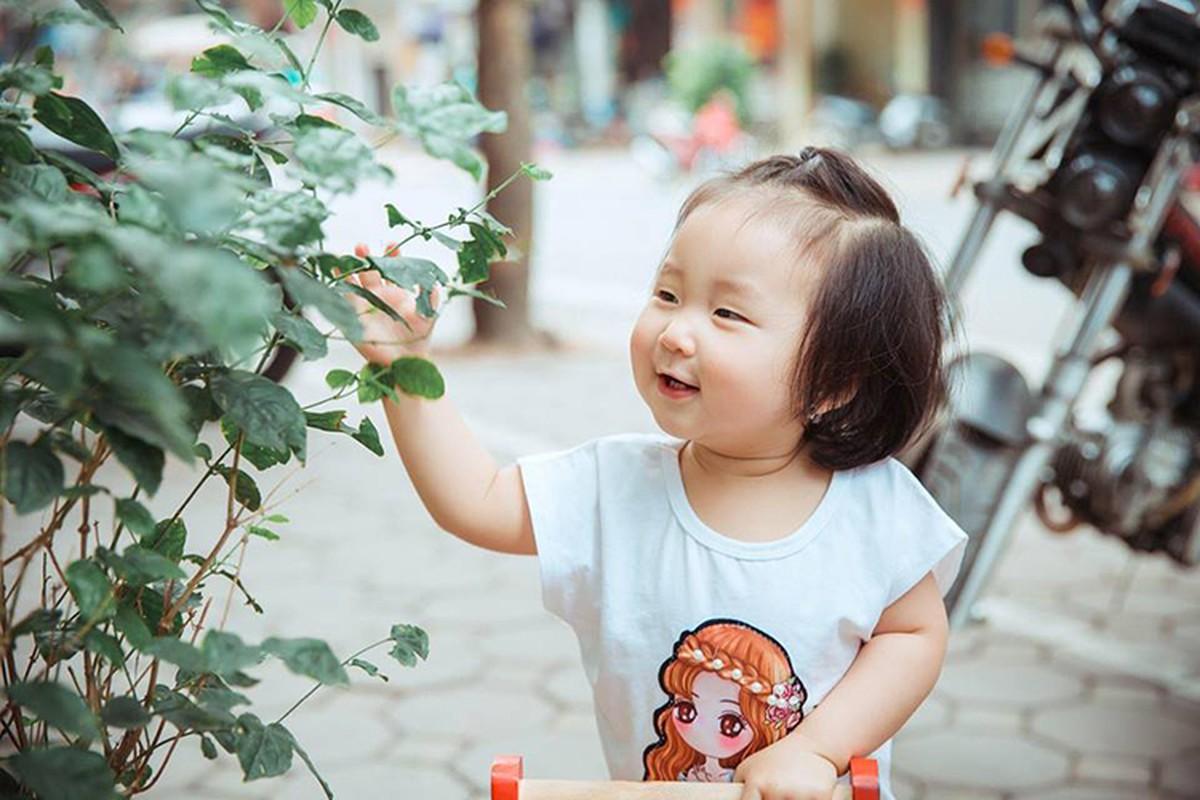 To am hanh phuc, vo dep, con xinh cua Tuan Hung-Hinh-10