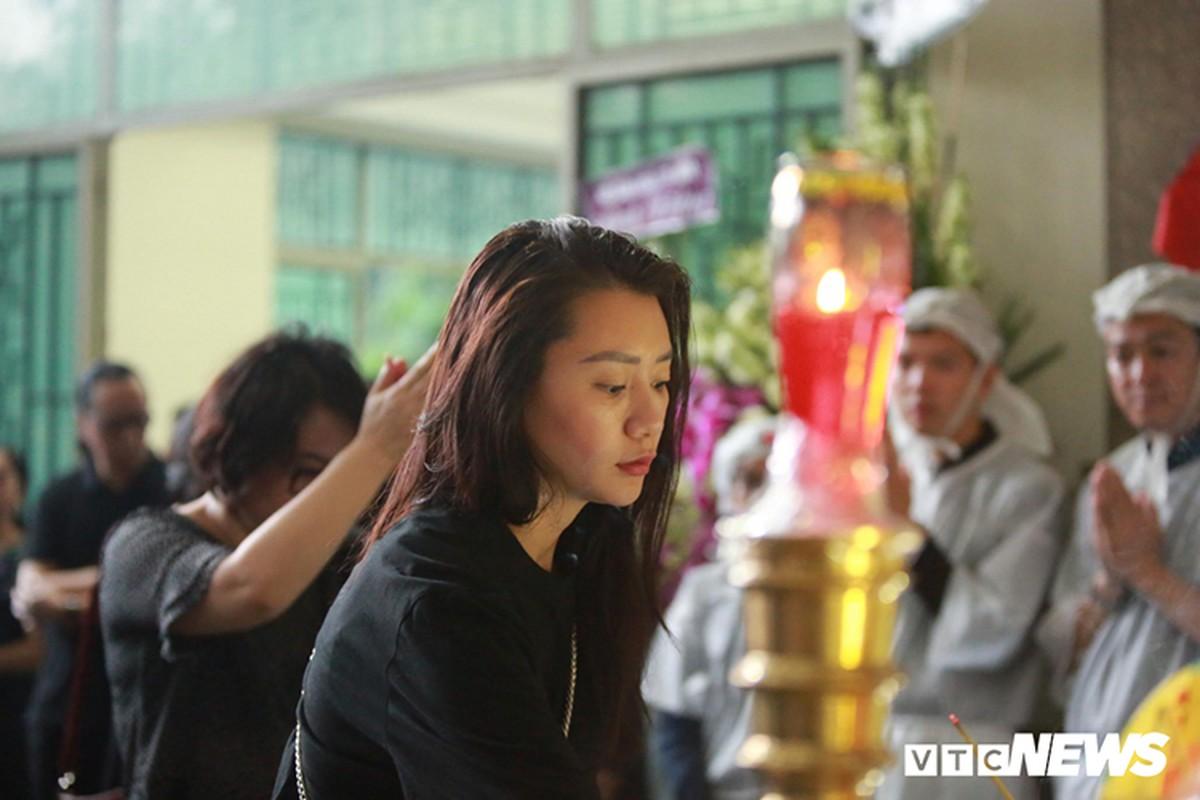 Vo NSND The Anh dau long phut tien dua chong-Hinh-5