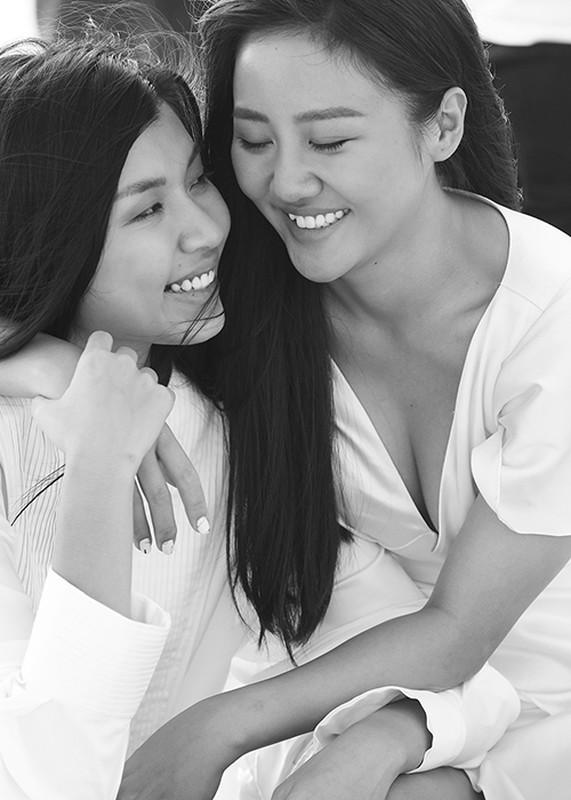 Van Mai Huong gay soc voi nu hon dong tinh trong MV moi-Hinh-13