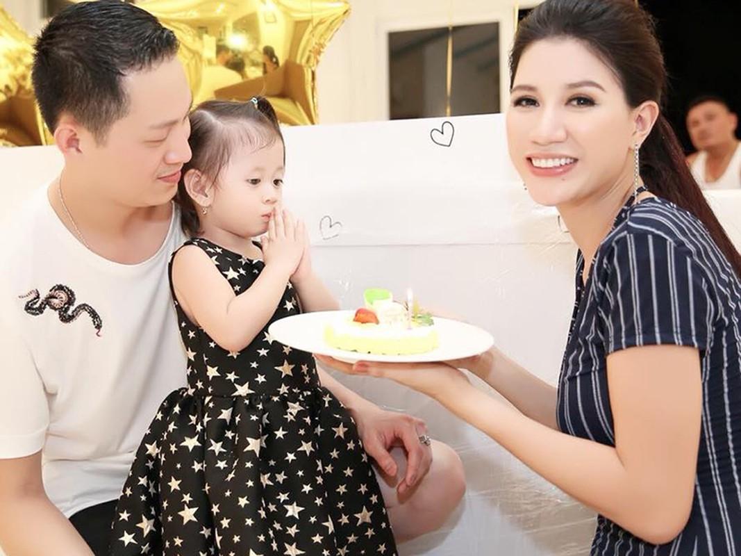 Soi cuoc song trong 5 nam roi showbiz cua Trang Tran-Hinh-14