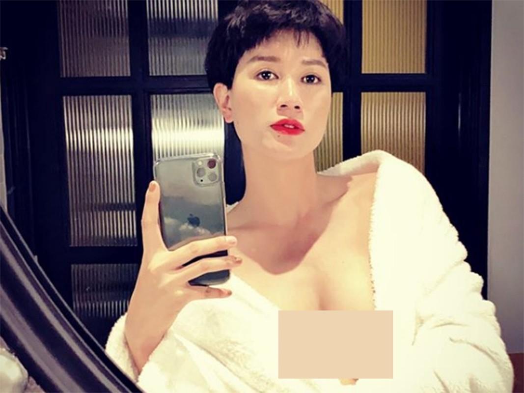 Soi cuoc song trong 5 nam roi showbiz cua Trang Tran
