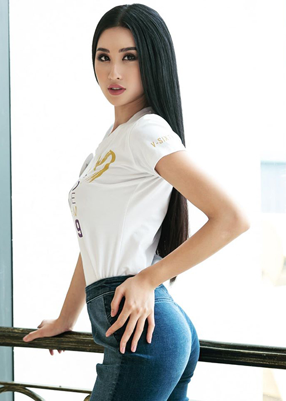 Loat doi thu dang gom cua Thuy Van truoc chung ket Hoa hau Hoan vu VN-Hinh-4