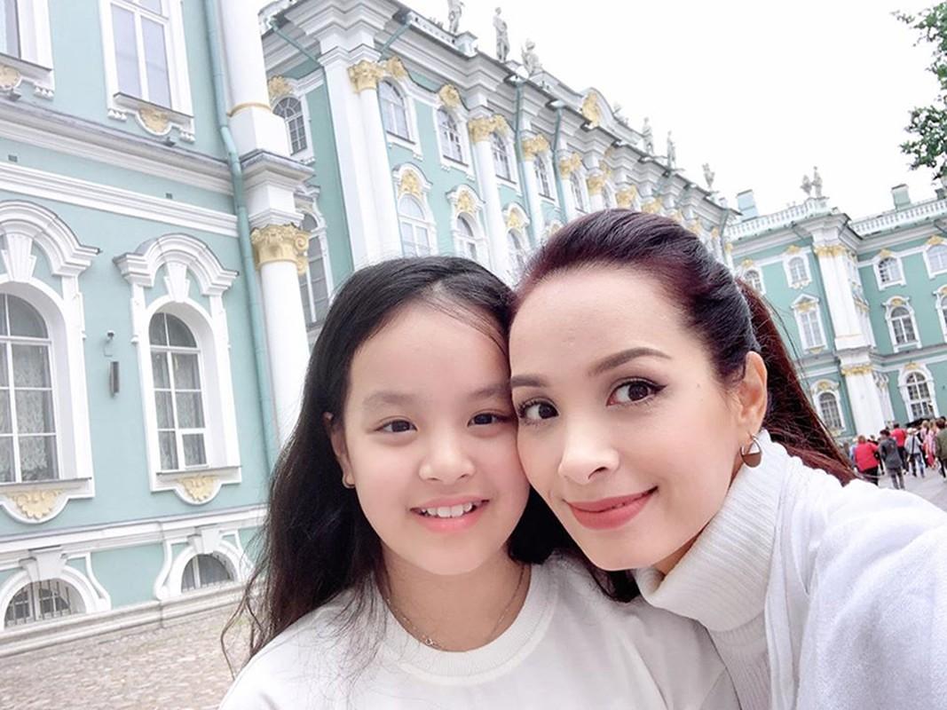 Ngam hai con gai xinh dep, phong phao cua nguoi mau Thuy Hanh-Hinh-7