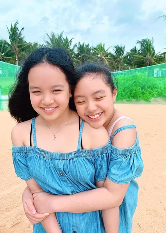 Ngam hai con gai xinh dep, phong phao cua nguoi mau Thuy Hanh-Hinh-9