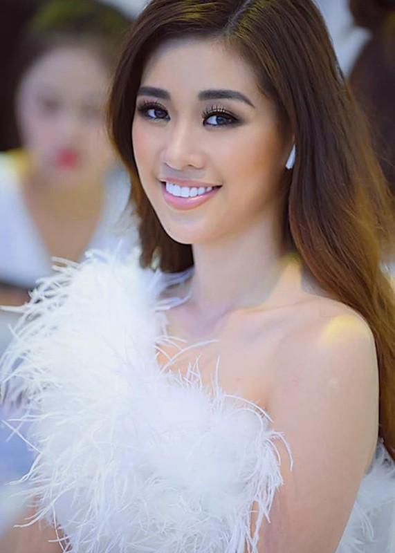 Soi duong tinh cua Hoa hau Khanh Van va A hau Thuy Van-Hinh-3