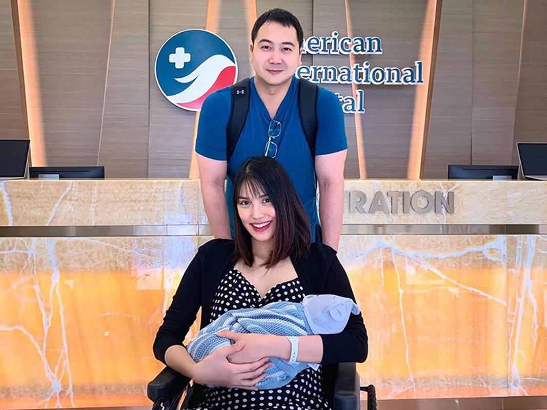 Soi duong tinh cua Hoa hau Khanh Van va A hau Thuy Van-Hinh-9