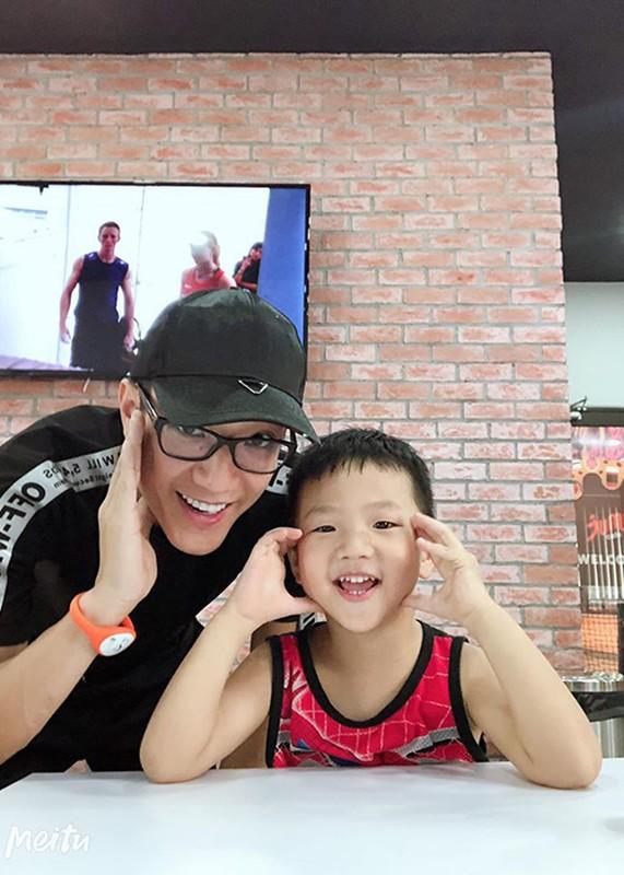 Thu Quynh khoe con trai la phien ban nhi cua Ha Duc Chinh-Hinh-12
