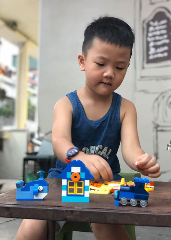 Thu Quynh khoe con trai la phien ban nhi cua Ha Duc Chinh-Hinh-7