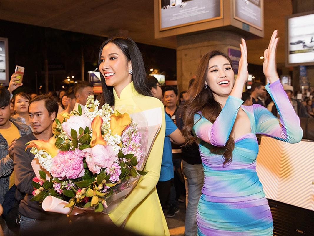 Hoang Thuy dep diu dang tro ve nuoc sau thanh tich Top 20 Miss Universe
