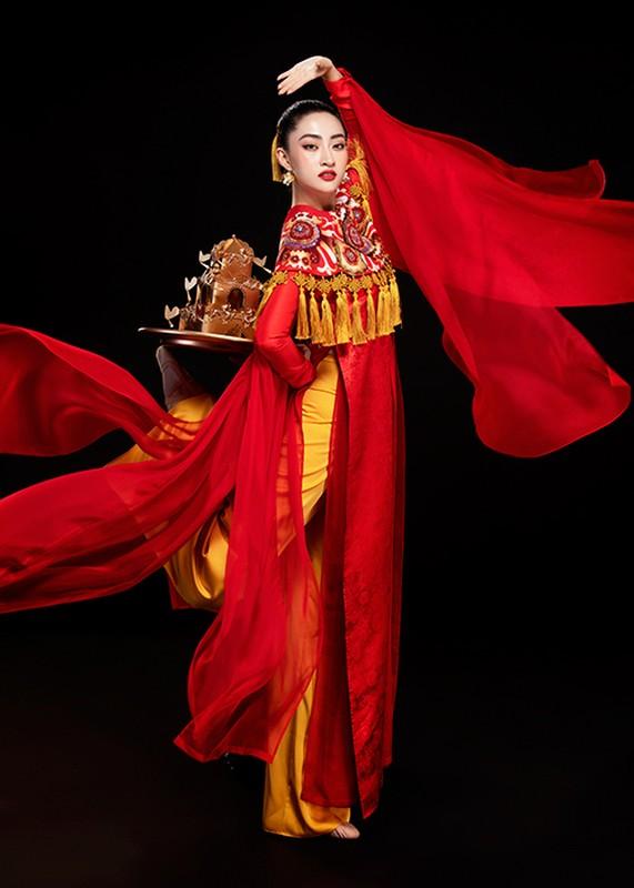 Luong Thuy Linh bam dap khi luyen mua mam mang den Miss World-Hinh-2