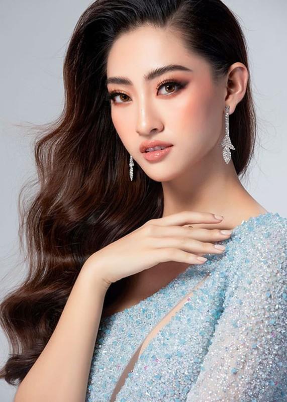 Luong Thuy Linh khoe vay da hoi cho chung ket Hoa hau The gioi 2019