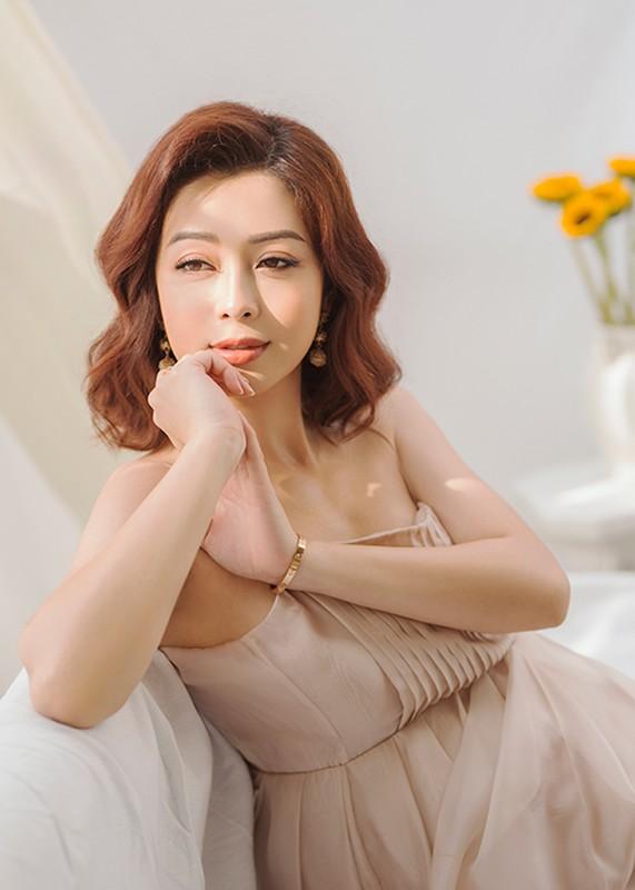Jennifer Pham se sinh con thu 4 o VN, duoc me chong cham soc-Hinh-11