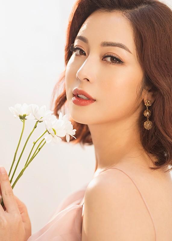 Jennifer Pham se sinh con thu 4 o VN, duoc me chong cham soc-Hinh-8