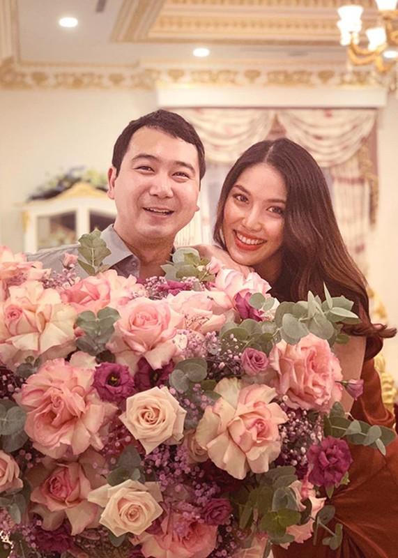 Phat ghen to am hanh phuc cua Lan Khue ben dai gia-Hinh-7