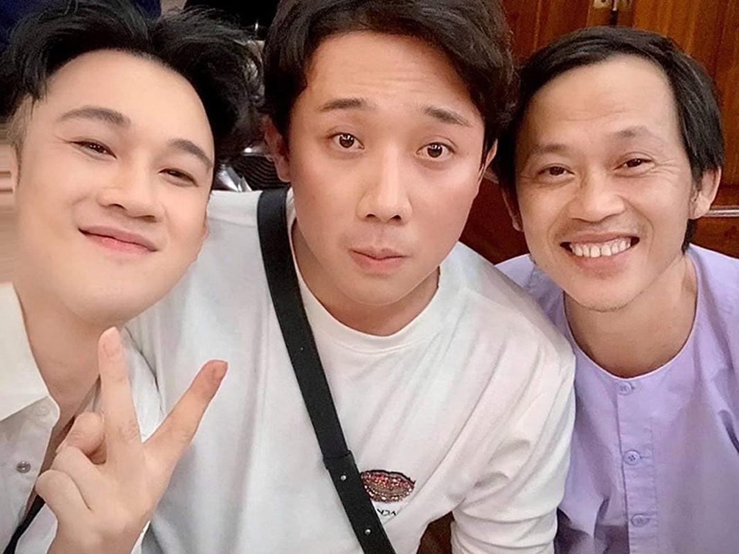 Hoai Linh don sinh nhat gian di ben con trai, dong nghiep-Hinh-2