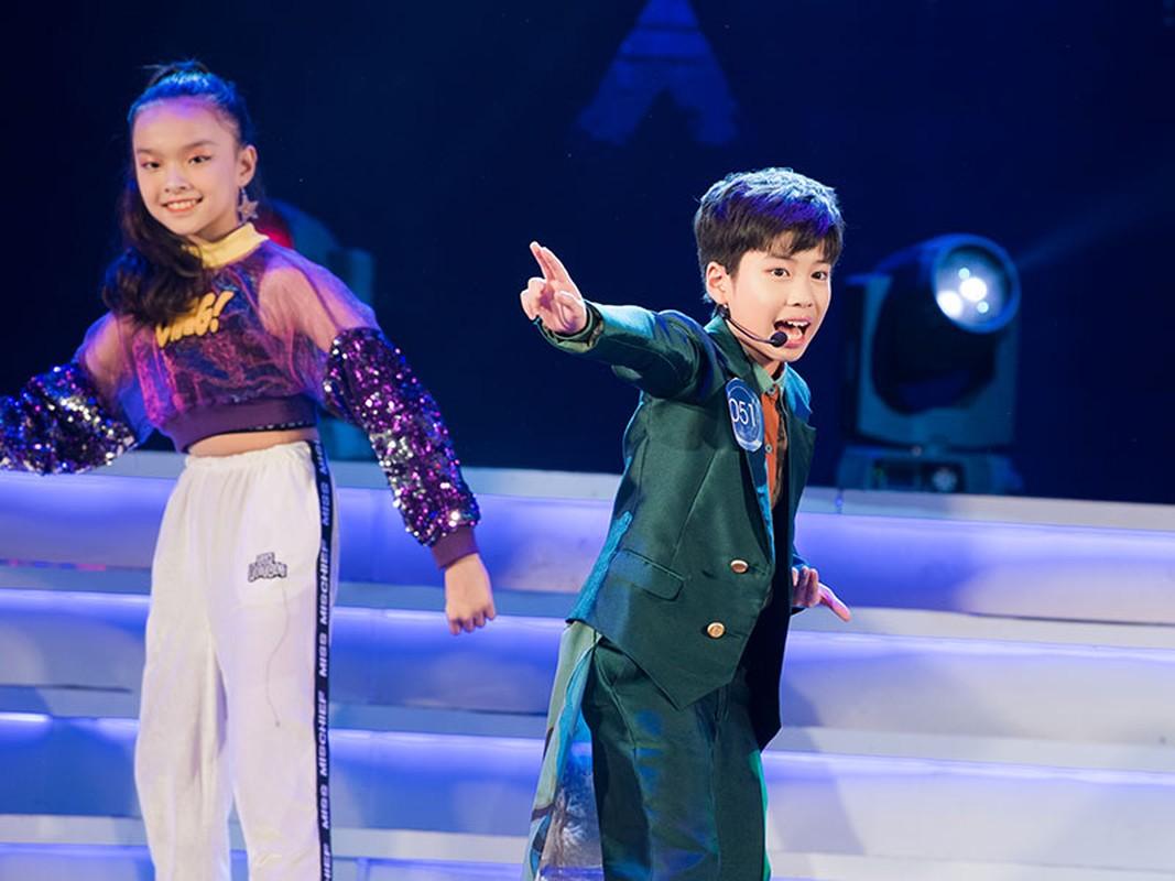 """Con trai Hoang Tung - BTV Kieu Ngan lot CK """"Giong hat hay tieng Han""""-Hinh-3"""