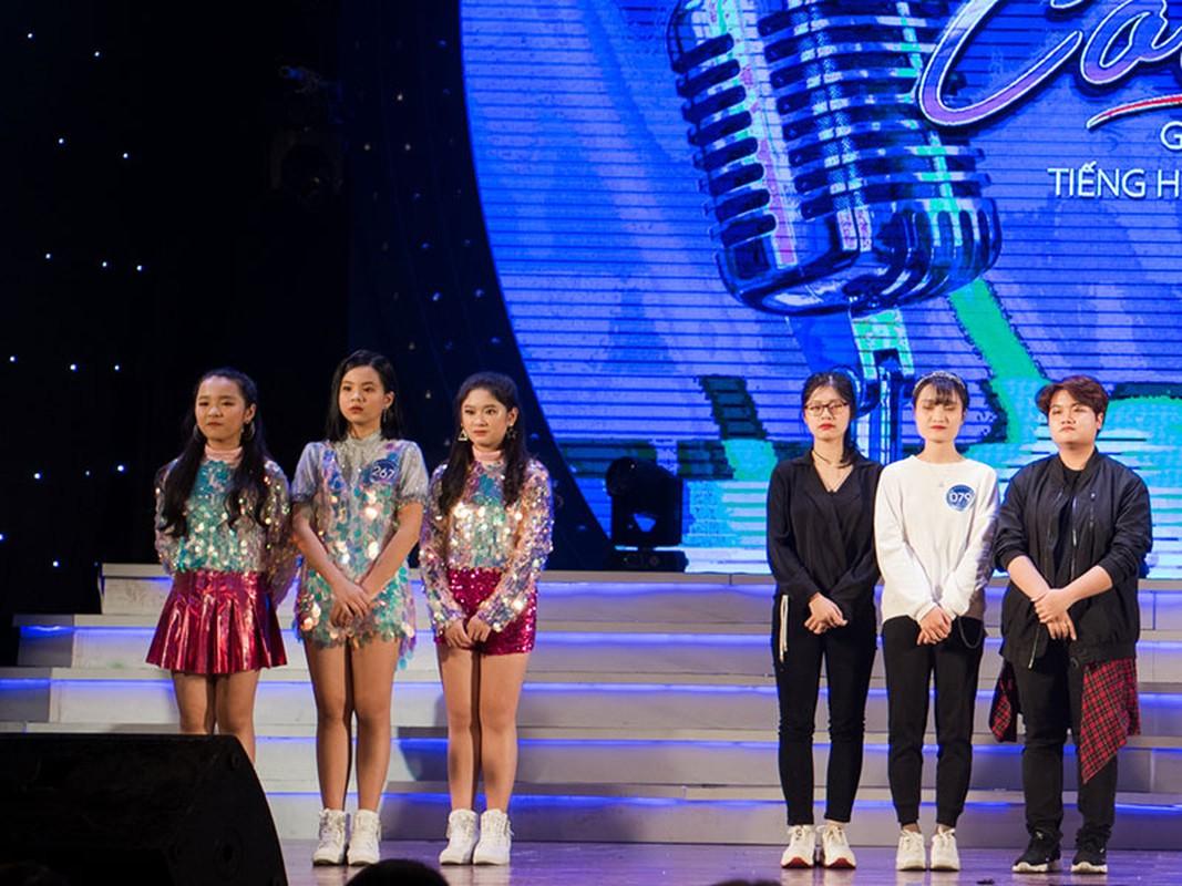 """Con trai Hoang Tung - BTV Kieu Ngan lot CK """"Giong hat hay tieng Han""""-Hinh-9"""