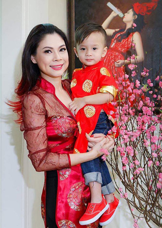 Duoc ca si Thanh Thao nhan nuoi, con trai Ngo Kien Huy gio ra sao?-Hinh-5