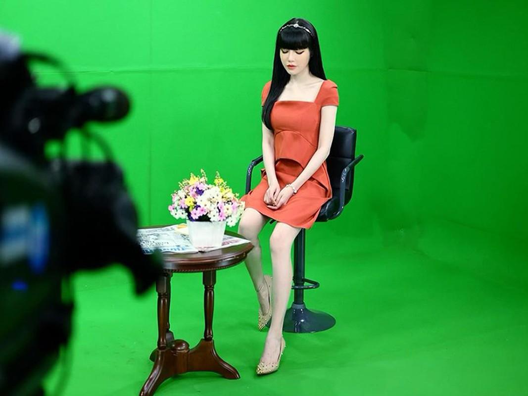 Elly Tran dang status tam trang sau su co nga quy tren tham do-Hinh-12
