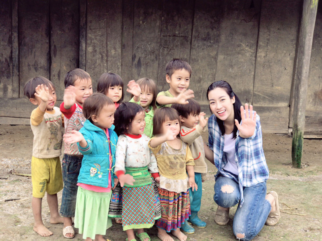 Hoa hau Viet: Khi sang chanh, luc xue xoa den kho tin-Hinh-15
