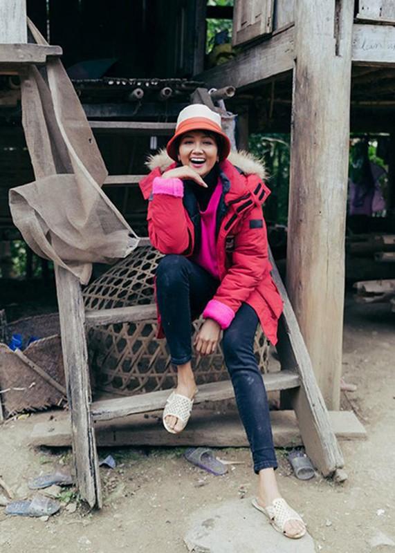 Hoa hau Viet: Khi sang chanh, luc xue xoa den kho tin-Hinh-4