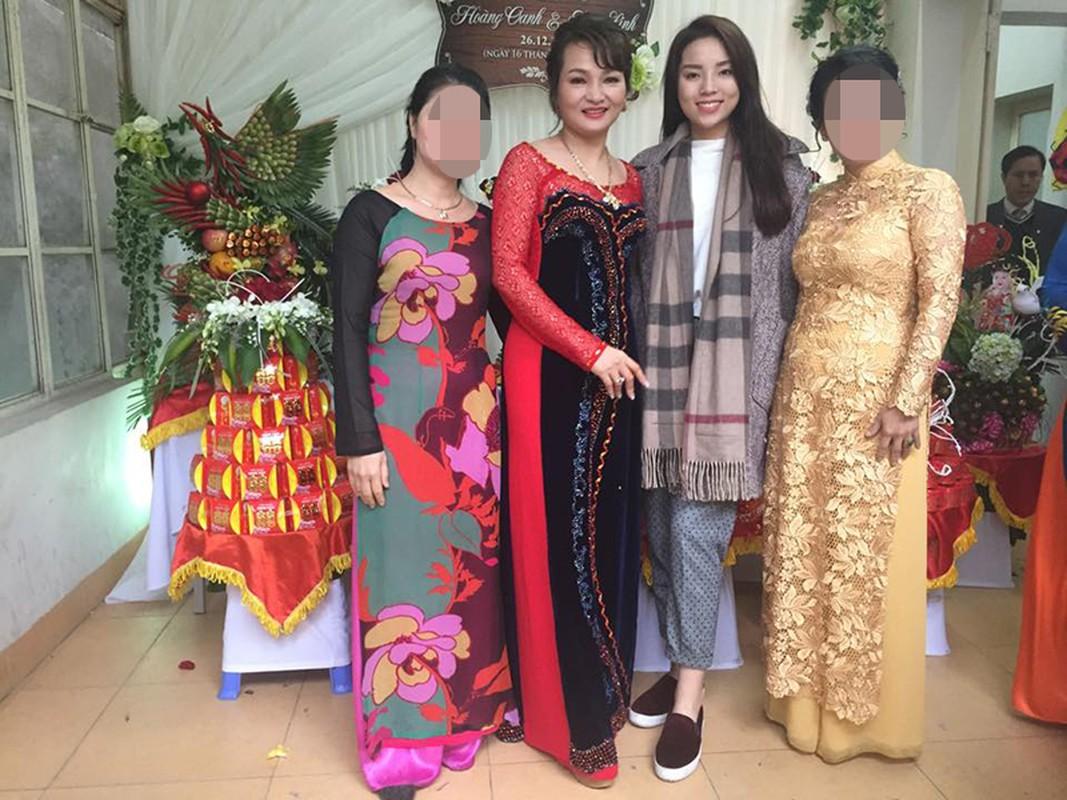 Hoa hau Viet: Khi sang chanh, luc xue xoa den kho tin-Hinh-8