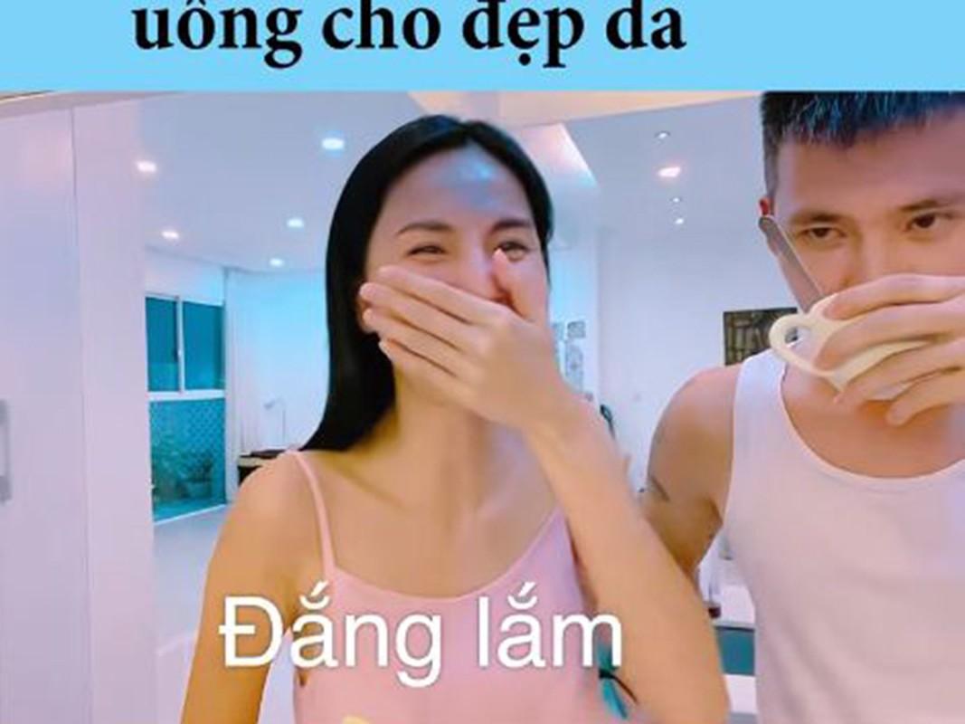 Cong Vinh - Thuy Tien: Cap vo chong troll nhau ba dao nhat showbiz Viet-Hinh-7