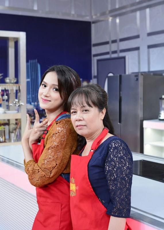 Huong Giang Idol mua nha tang me can Tet Nguyen Dan 2020-Hinh-6