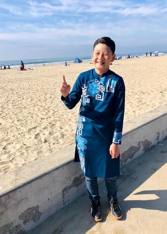 Cuoc song cua con trai Quang Dung - Jennifer Pham sau khi bo me ly hon-Hinh-7
