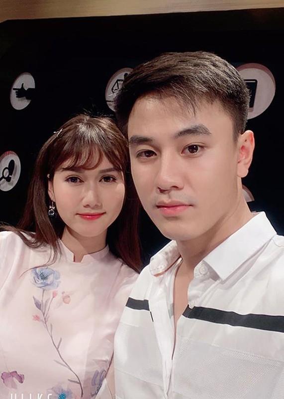 """Ve ngoai chuan soai ca cua Quang Trong dong Vien """"Co gai nha nguoi ta""""-Hinh-2"""
