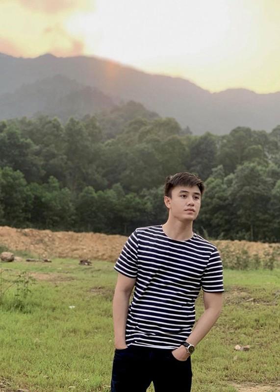 """Ve ngoai chuan soai ca cua Quang Trong dong Vien """"Co gai nha nguoi ta""""-Hinh-9"""