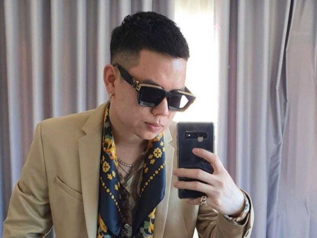 Hinh anh Toc Tien - Hoang Touliver bi mat cuoi o nha tho-Hinh-9