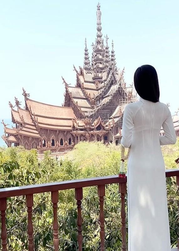 Hoai Sa dep nao long o Hoa hau Chuyen gioi Quoc te 2020-Hinh-6