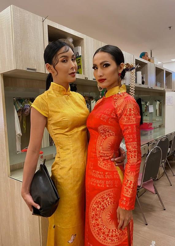 Hoai Sa lo ve gay go tai Hoa hau Chuyen gioi Quoc te 2020-Hinh-10