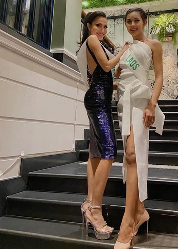 Hoai Sa lo ve gay go tai Hoa hau Chuyen gioi Quoc te 2020-Hinh-2