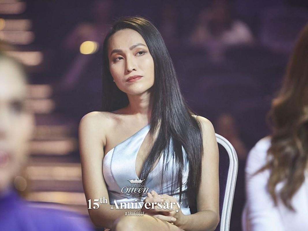 Hoai Sa lo ve gay go tai Hoa hau Chuyen gioi Quoc te 2020-Hinh-6