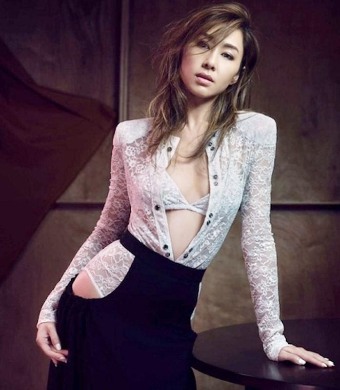 "My nu phim ""Bao Thanh Thien"" di lam shipper vi that nghiep-Hinh-2"