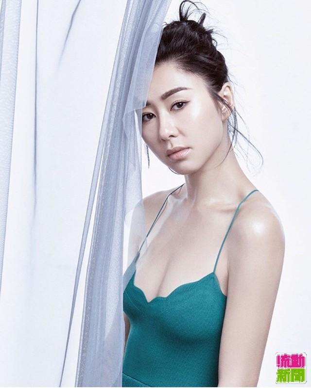 "My nu phim ""Bao Thanh Thien"" di lam shipper vi that nghiep-Hinh-3"