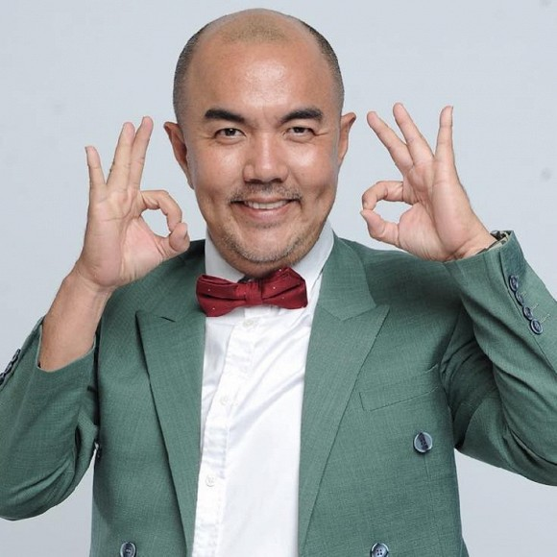 MC Quoc Thuan thoi tre nhu tai tu Hong Kong, khac xa hien tai-Hinh-5