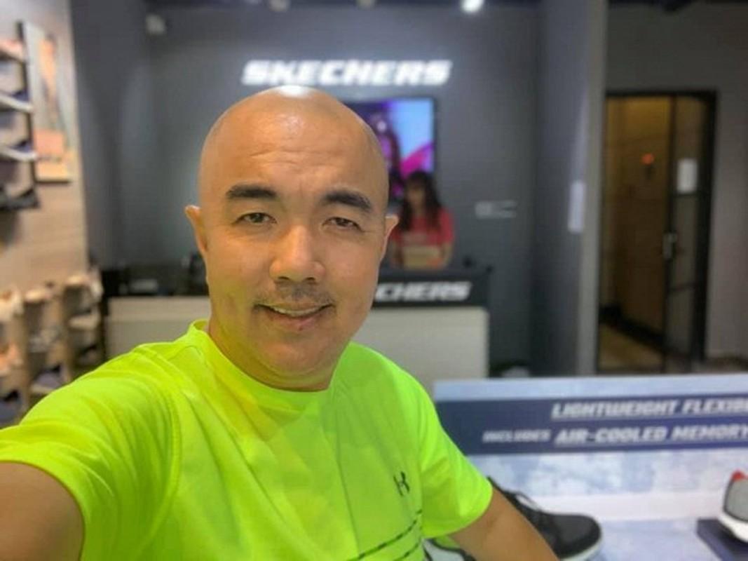 MC Quoc Thuan thoi tre nhu tai tu Hong Kong, khac xa hien tai-Hinh-7