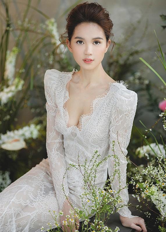 Ngoc Trinh tung bung mo tiec pyjama o can nha 24 ty-Hinh-12