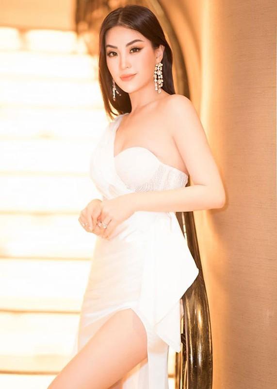 Soi hon nhan cua Diem Trang ben chong dai gia o lai Ba Lan vi Covid-19-Hinh-14