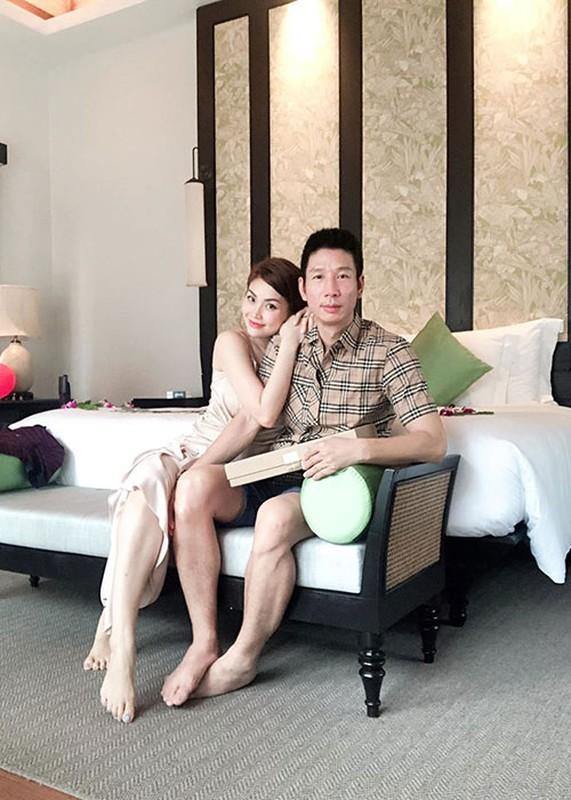 Soi hon nhan cua Diem Trang ben chong dai gia o lai Ba Lan vi Covid-19