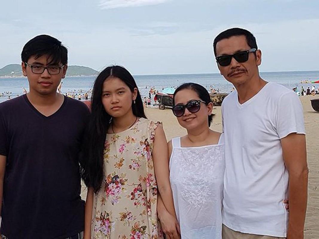 Con trai dien vien Chi Bao, Trung Anh tu chau Au ve nuoc gio ra sao?-Hinh-12