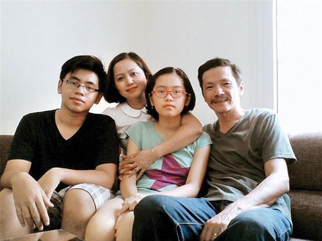 Con trai dien vien Chi Bao, Trung Anh tu chau Au ve nuoc gio ra sao?-Hinh-15
