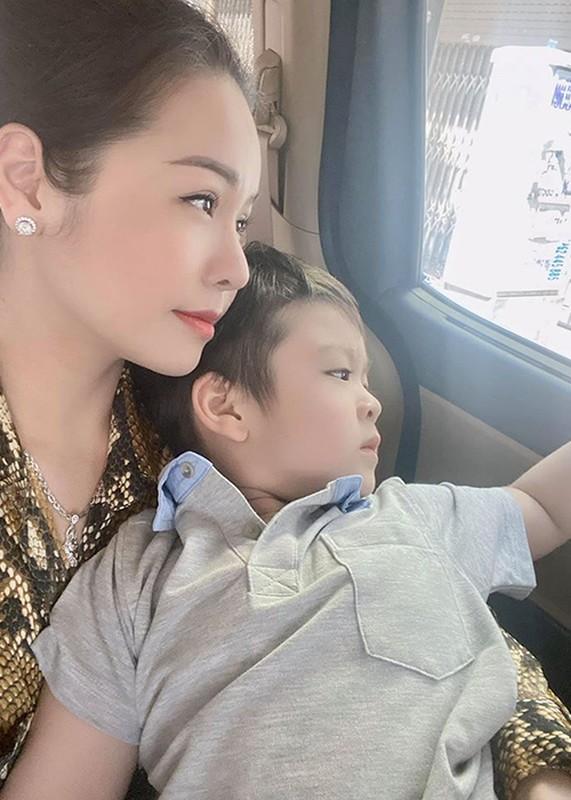 Nhat Kim Anh va chong cu Buu Loc: Hanh phuc ngan ngui, thi phi ngap tran-Hinh-10