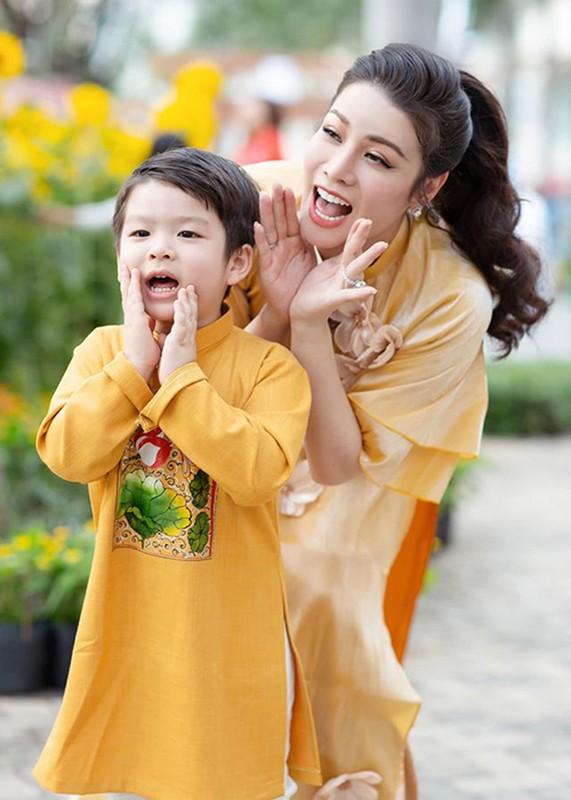 Nhat Kim Anh va chong cu Buu Loc: Hanh phuc ngan ngui, thi phi ngap tran-Hinh-11