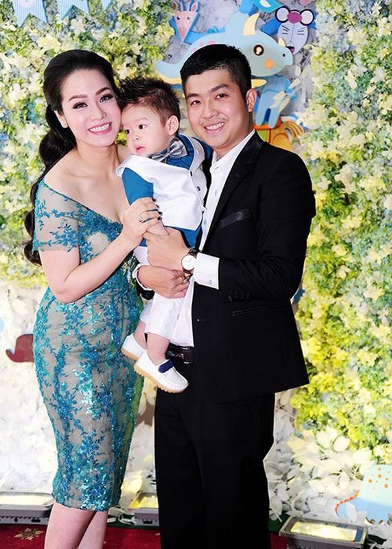 Nhat Kim Anh va chong cu Buu Loc: Hanh phuc ngan ngui, thi phi ngap tran-Hinh-7