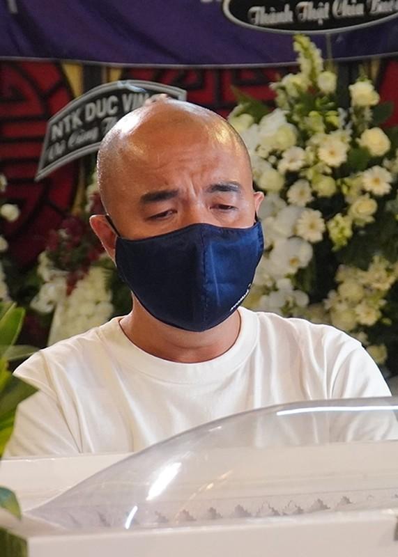 Roi nuoc mat con gai Mai Phuong hoi bao gio me ve trong tang le-Hinh-13